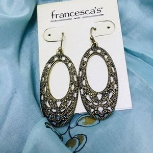 Francesca's Gold Oval Pave in/out hoop